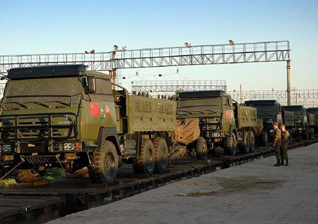 """参加""""东方-2018演习的中国先头部队抵达俄外贝加尔"""