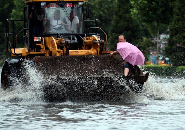中国黑河市与俄阿穆尔州会商黑龙江防汛工作