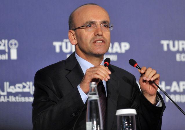 土耳其副总理:安卡拉无法在没有阿萨德参与的情况下调解叙利亚冲突