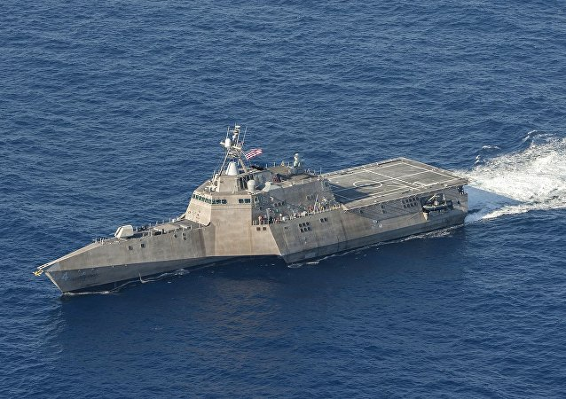 特朗普表示美國軍艦擊落一架伊朗無人機