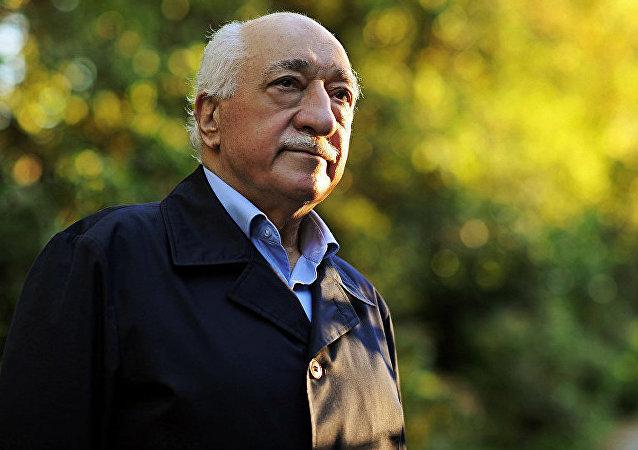 法土拉·葛兰(Fethullah Gulen)