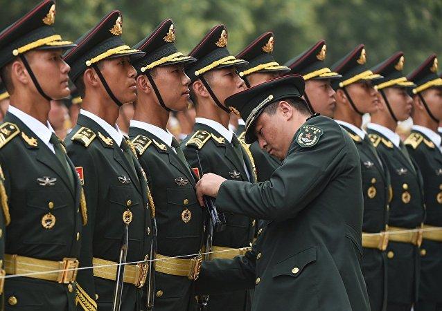 俄国防部:中国人民解放军代表团4月底访问俄中央军区