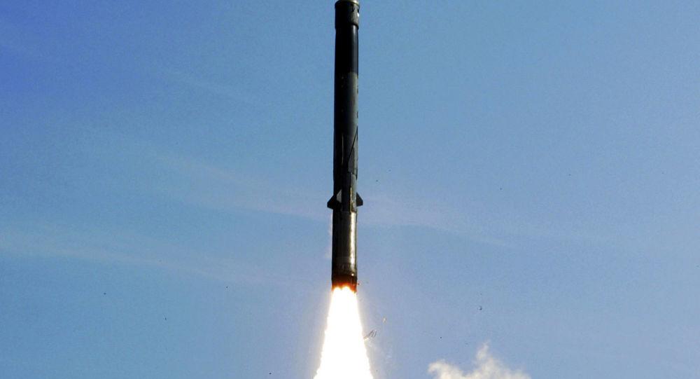 """印度成功测试了""""布拉莫斯""""空射导弹"""