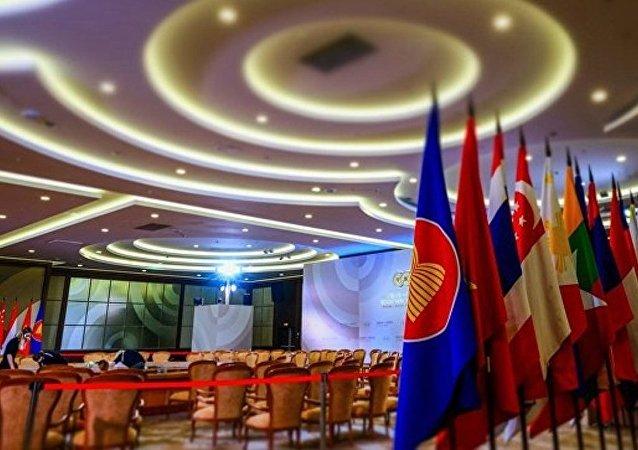 俄經發部長:歐亞經濟聯盟與東盟間建立自貿區的設想進入實踐階段