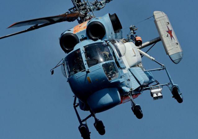 俄军用直升机赶赴滨海边疆区水域搜寻失联船只