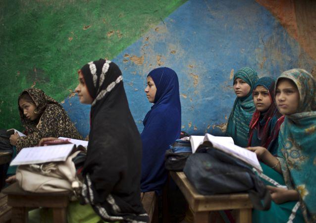 媒體:美國將達成接受1萬名敘利亞難民的目標