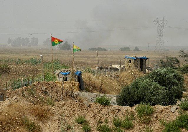 伊拉克國防部:伊防長未在摩蘇爾附近刺殺未遂的事件中受傷