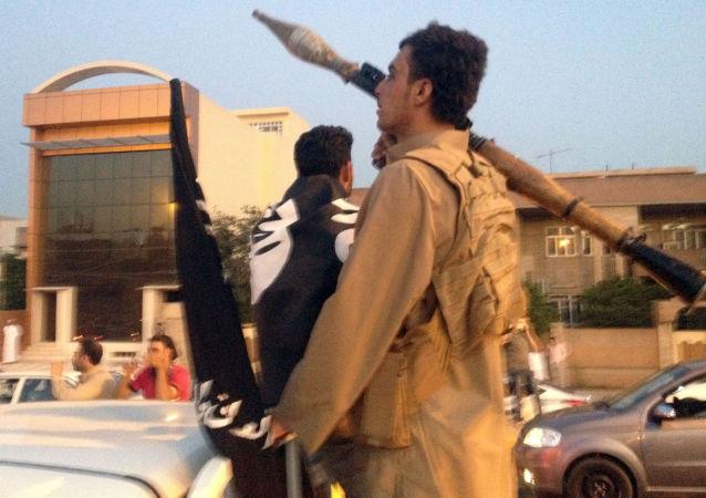 """""""伊斯兰国""""在摩苏尔附近使用氯气"""