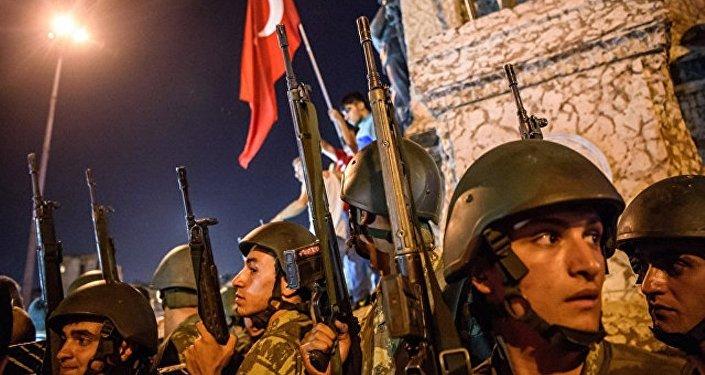 土外長:希臘法庭將於8月底審理土耳其政變逃兵