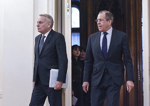 俄外交部:拉夫羅夫與法國外長就克里米亞局勢進行討論