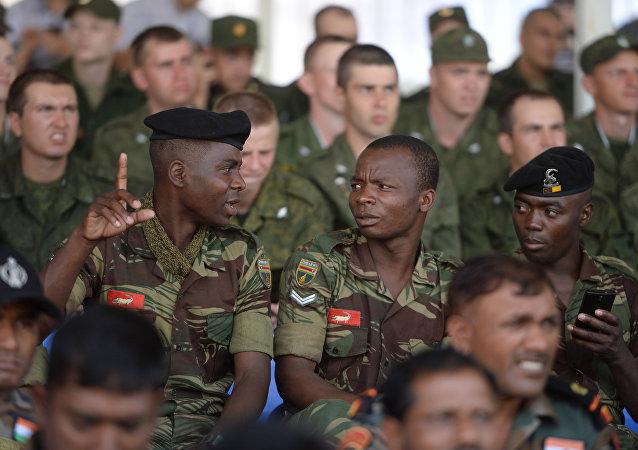 俄國防部:俄代表隊獲國際軍事比賽框架內「軍醫接力」比賽冠軍