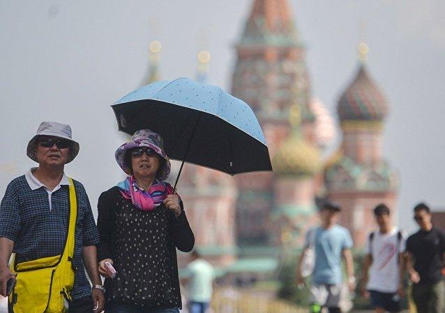俄总领馆:俄中正就为中国公民实施在俄大城市72小时免签证过境停留进行协商