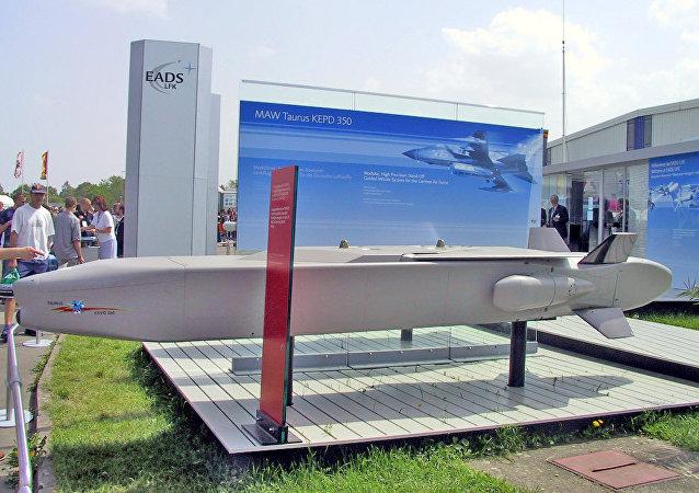 「金牛座」空對地導彈 (Taurus KEPD 350)