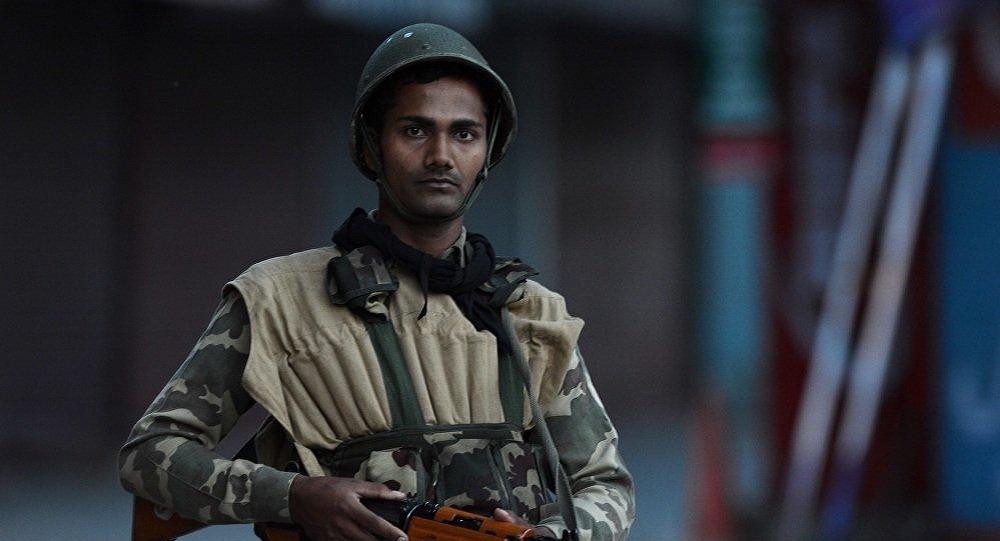 印度查谟和克什米尔邦警察遭武装分子袭击 6人受伤