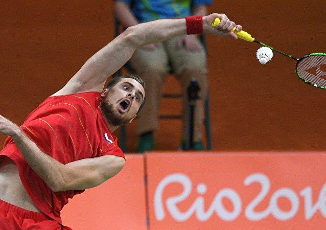 俄羽毛球選手伊萬諾夫稱奧運男雙比賽因心理因素輸給中國組合