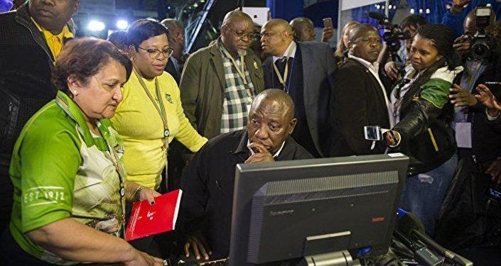 南非两在野党组建执政联盟的谈判破裂