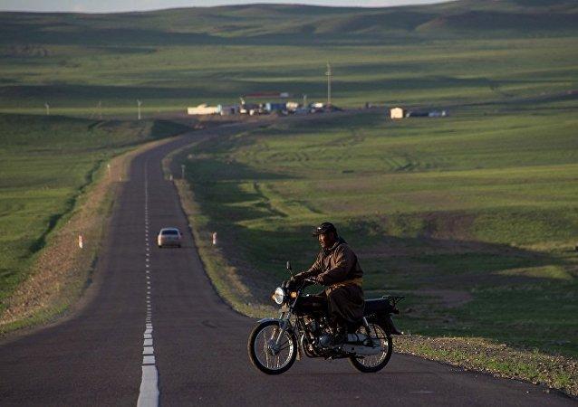 俄中蒙科研学者将耗时六年考察三国经济走廊合作项目