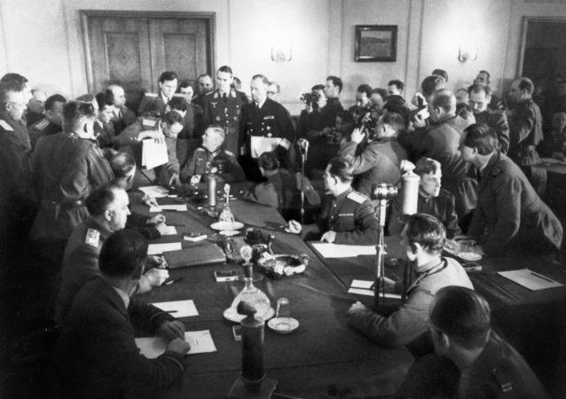 戈培爾的女秘書披露希特勒生前最後幾天的秘密