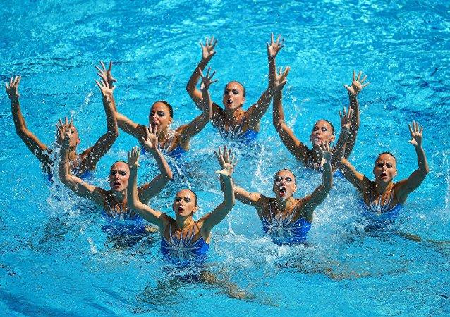 俄羅斯隊在奧運女子花樣游泳團體賽中獲得金牌