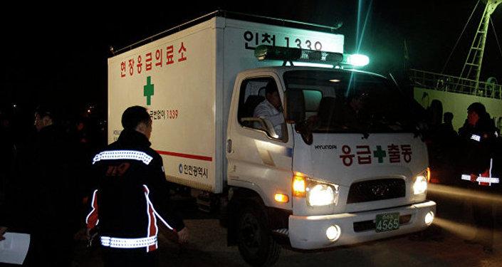 韩国客轮触礁 正采取救援行动抢救192人