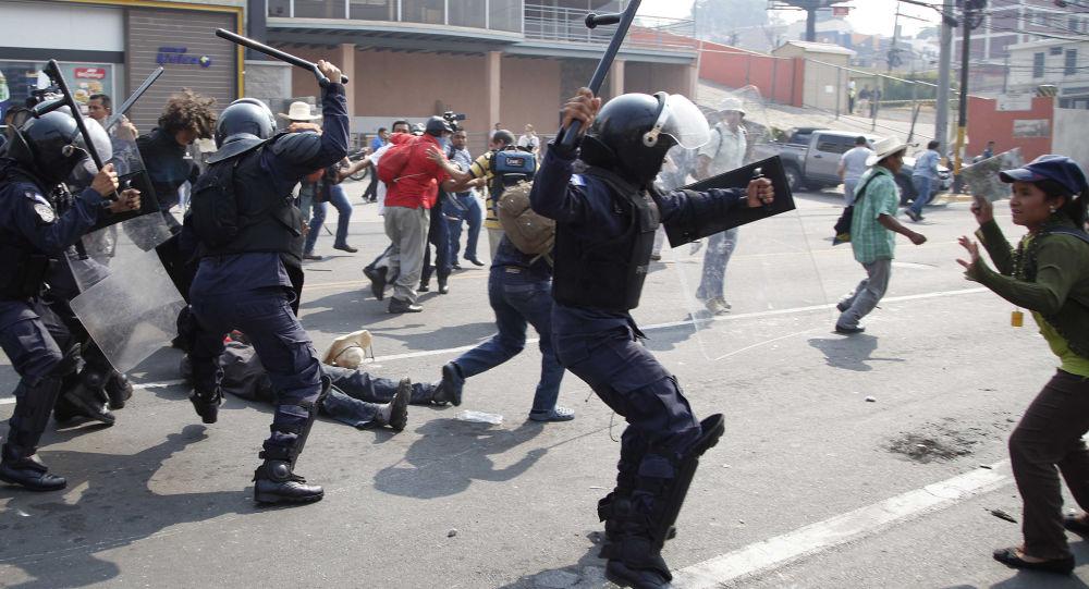 洪都拉斯政府暂停人权宪法保障并实行戒严