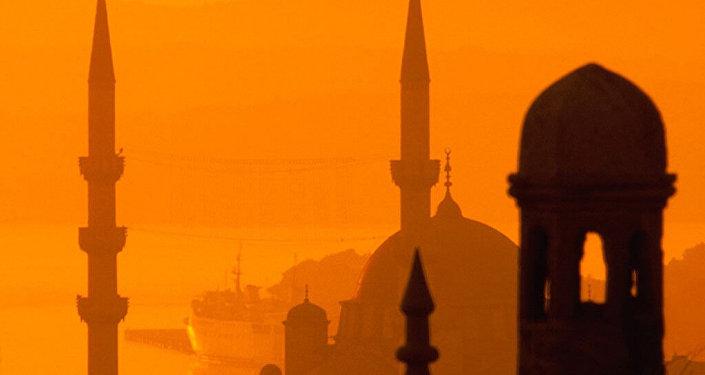 俄专家:俄中两国将取代美国在中东的地位
