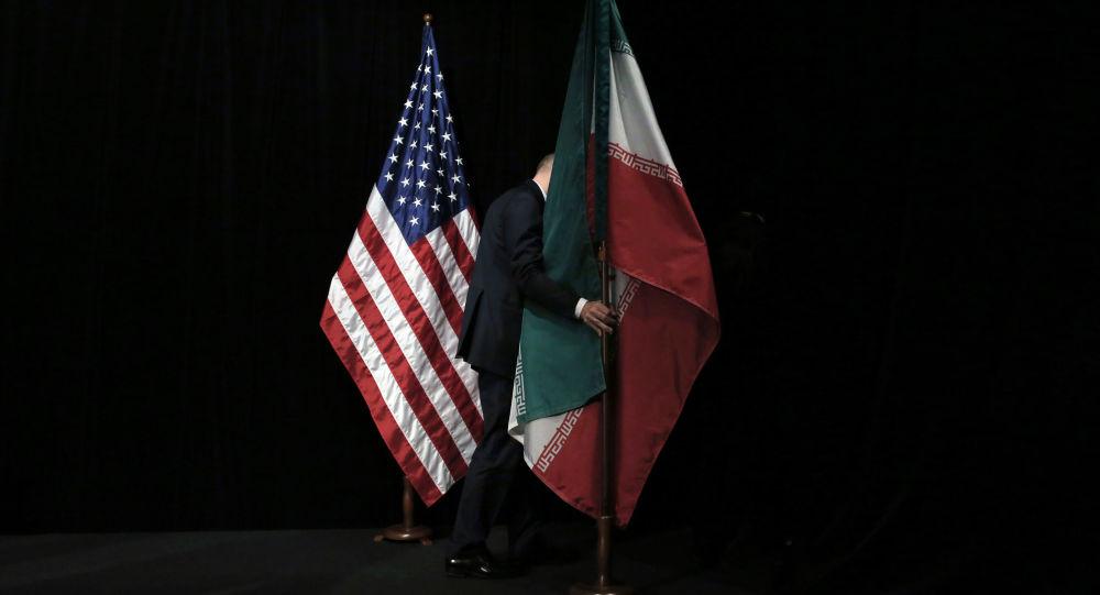 美國旗幟和伊朗旗幟