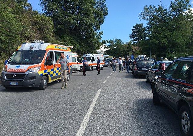 意大利強震後約1000人留在醫院治療