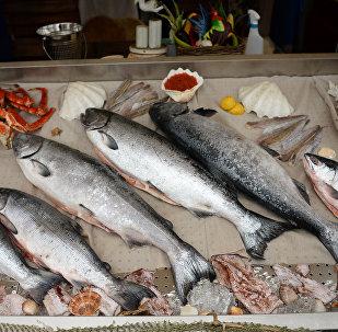 台灣「賣魚西施」走紅