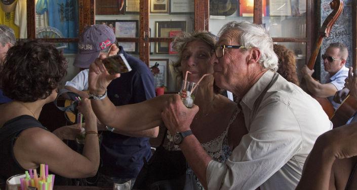 """美国人称幸福的退休生活是""""美国梦""""的重要体现"""