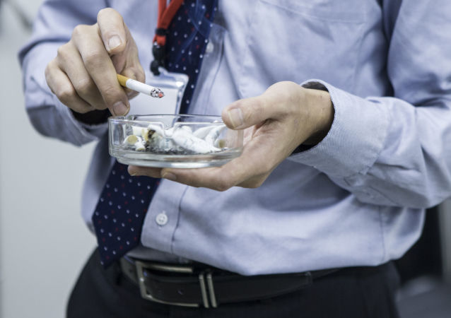 科學家警告稱吸煙會造成生態威脅