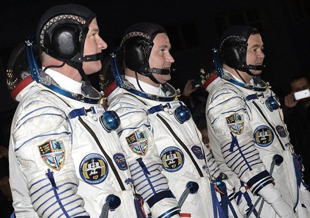 美國國家航空航天局宇航員傑弗里∙威廉姆斯、俄航天集團宇航員阿列克謝·奧夫奇寧和奧列格∙斯克里波齊卡
