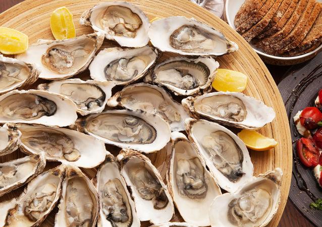 美国男子吃了生牡蛎后死亡