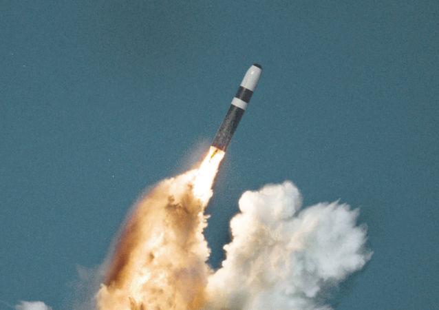 三叉戟II-D5型海基洲際彈道導彈
