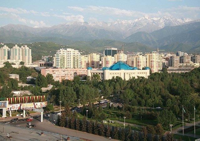 哈萨克斯坦首都应以第一总统之名——努尔苏丹为名