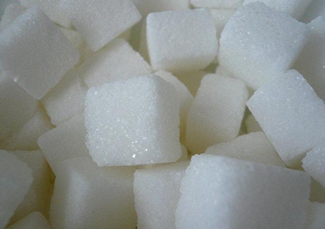 """媒体:""""糖业游说团""""曾买通科学家伪造报告"""