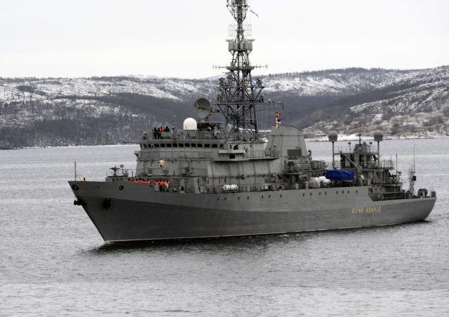 「尤里·伊萬諾夫號」偵查艇在北德文斯克