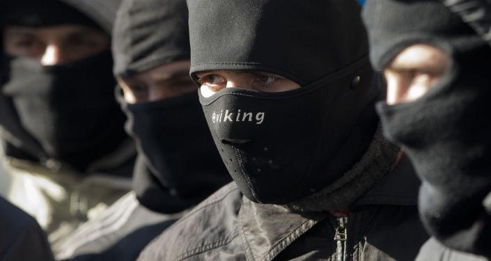 敖德薩「右區」領導人和其他三名激進分子在俄駐敖德薩總領館前被拘捕