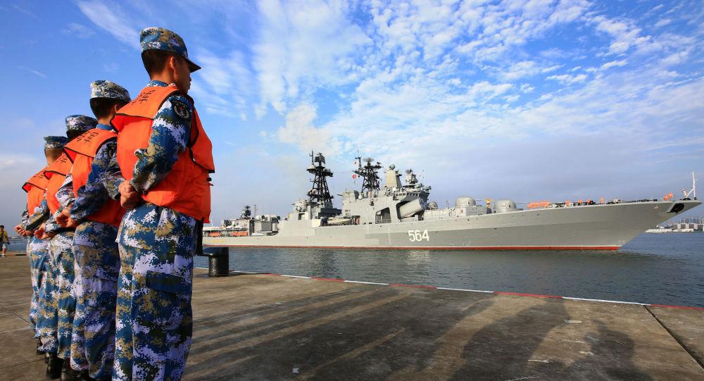 俄中两国边防人员进行联合演习