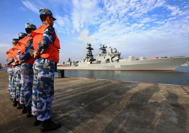 俄中兩國邊防人員進行聯合演習