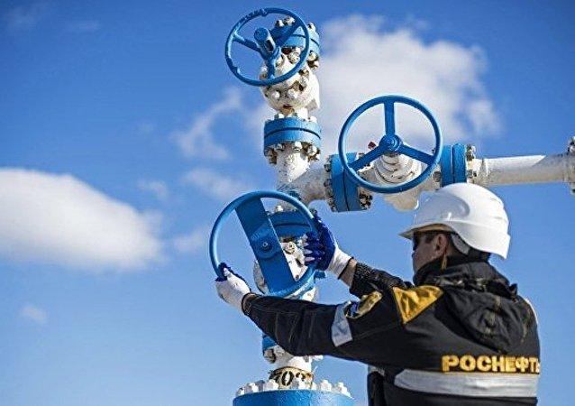 俄石油將與中國華信共同評估在華興建石化聯合企業的可行性