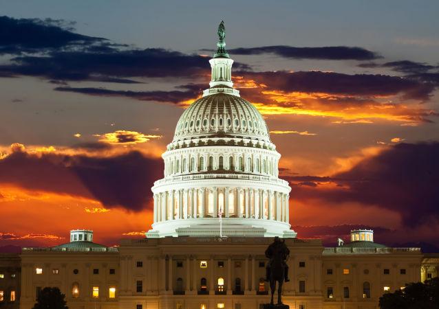 美参议院投票决定为联邦政府提供运营资金至2月8日