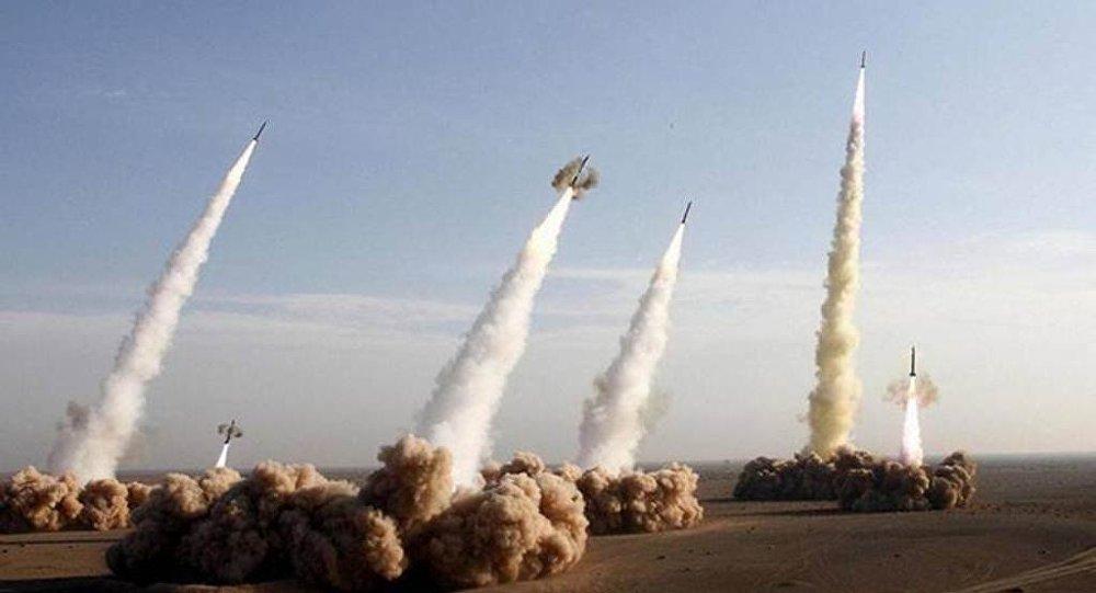 专家警告称美国与俄中爆发战争的风险增加