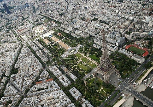俄议员:美国对巴黎抗议事件沉默表明其虚假价值观