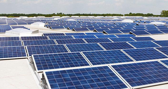 媒體:美國加州將率先要求新居安裝太陽能板