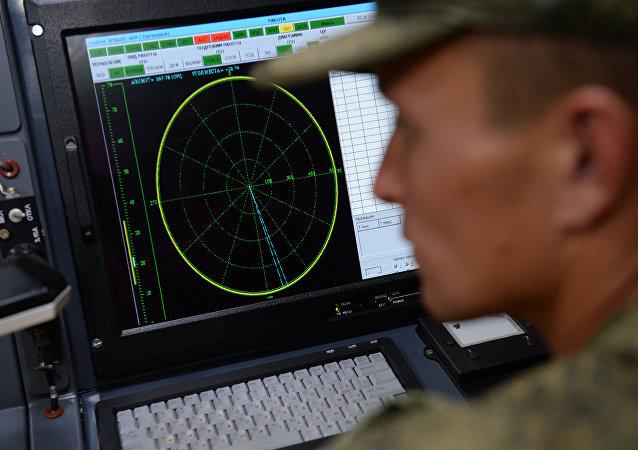 克里米亚海军基地举行沿岸无线电技术哨所人员参加的演习