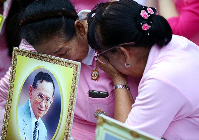 在泰國的娛樂活動禁令將於11月14日取消