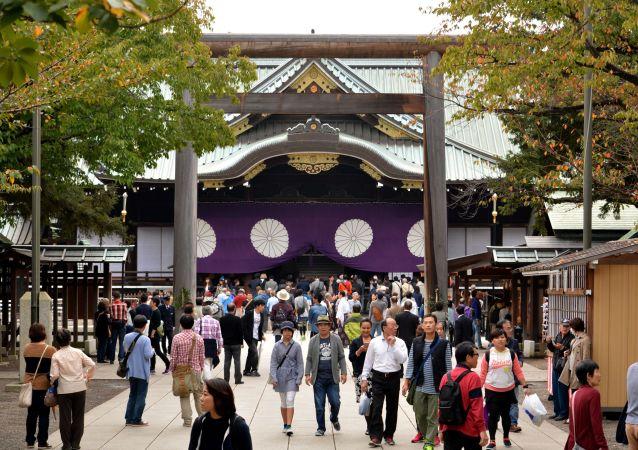 媒體:日本兩大臣及首相助理參拜靖國神社