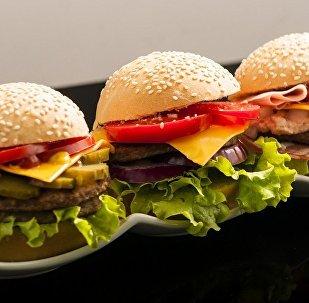 科学家发现吃快餐也不发胖的方法
