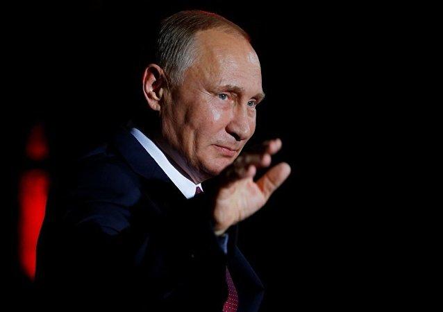 普京:區域聯盟應該在通用規則的基礎上